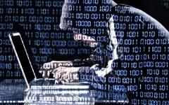 الصورة: 42 % تراجعاً بالهجمات الإلكترونية في الإمارات