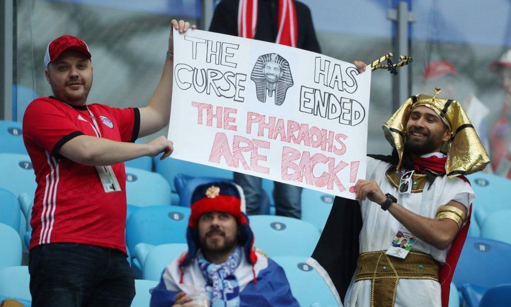 أجواء احتفالية مصرية روسية في ملعب كريستوفسكي