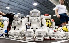 """الصورة: روبوتات تتنبأ بأفكارنا وتلبي """"رغباتنا""""!"""