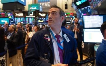 الصورة: الأسواق العالمية تمتص مخاوف الحرب التجاريـة وبكــين تبــدي حسن النيــة لتفادي التصعيد