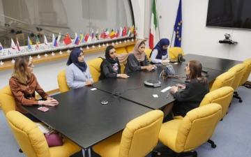 الصورة: «سيدات أعمال الشارقة» ينقل تجربة رائدات الأعمال الإماراتيات إلى ميلان