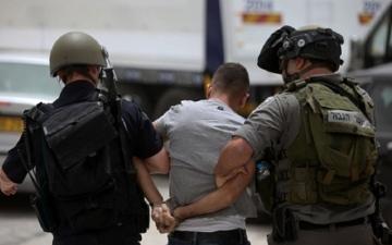 الصورة: الاحتلال الإسرائيلي يعتقل 19 فلسطينياً في الضفة والقدس