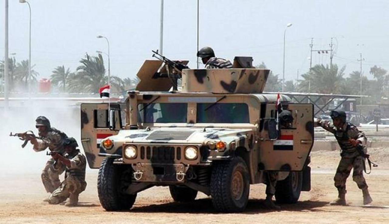 الجيش المصري يقضي على 3 تكفيريين ويدمر 285 مخزناً للسلاح