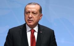 الصورة: أردوغان يعزز سيطرته على تركيا واحتجاج صامت في البرلمان