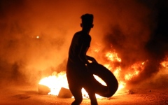 الصورة: احتجاجات البطالة تتمدد والعبادي في البصرة