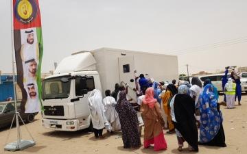 الصورة: حملة الشيخة فاطمة الإنسانية تبدأ   مهامها في القرى الموريتانية