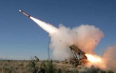 الصورة: قوات التحالف تعترض صاروخا حوثياً باتجاه المخا