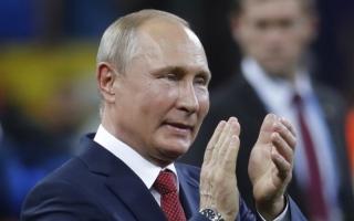 الصورة: الصورة: بوتين: الأمن أحبط 25 مليون هجمة إلكترونية  خلال المونديال