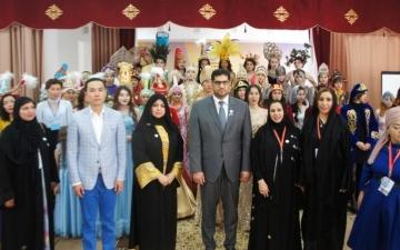 الصورة: مفردات الثقافة والأزياء الإماراتية تنشر السلام في العالم