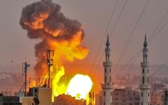 الصورة: 4 شهداء بعدوان إسرائيلي واسع على غزة