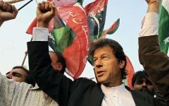 الصورة: عمران خان يعلن فوزه في الانتخابات الباكستانية
