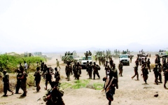 الصورة: صراعات تعصف بالحوثيين  وانهيار اقتصادي يضرب صنعاء
