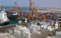 الصورة: التحالف: سوء إدارة الميليشيات لميناء الحديدة سيتسبب بكارثة بيئية