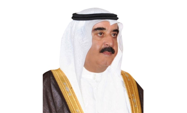 Saud Al Mualla Awards Scholarships To Families And Families Of Martyrs And Early Secondary Schools