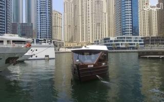 الصورة: في دبي.. رحلات مائية مكيفة في عز الصيف!