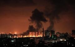 الصورة: استشهاد 3 فلسطينيين في قصف الاحتلال الاسرائيلي لغزة
