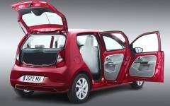 الصورة: السيارات ثلاثية الأبواب تتراجع لصالح الخماسية