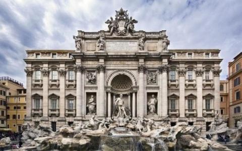 الصورة: هوس «السيلفي» يثير شجاراً عنيفاً في روما