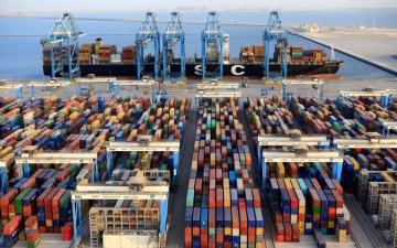 الصورة: 9.8 مليارات درهم صادرات أبوظبي في 5 أشهر