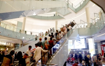 الصورة: ارتفاع مبيعات التجزئة بدعم من التخفيضات والعروض