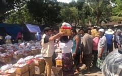 الصورة: «الهلال» تغيث متضرري فيضانات السـودان والهند وإندونيسيا