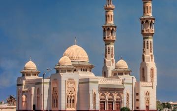 الصورة: مواعيد وأماكن صلاة عيد الأضحى في دبي والشارقة