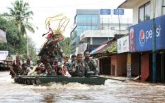 الصورة: رئيس وزراء الهند يشكر محمد بن راشد على جهوده في إغاثة كيرلا