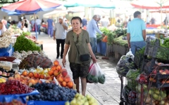 الصورة: تخفيض تصنيف تركيا الائتماني وسط مخاوف التضخم وتهاوي النمو