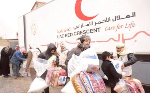 الصورة: الصورة: مبادرات الإمارات الإنسانية خففت معاناة الملايين