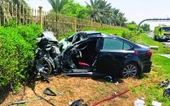الصورة: إصابة مواطن بحادث تصادم  3 مركبات في أبوظبي