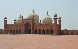 الصورة: مسجد «بادشاهي» في لاهور.. ابتكارات وأنظمة فنية مبتكرة