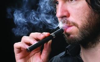 الصورة: خطر السجائر الإلكترونية يهدد خلايا مناعية في الرئة