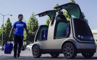الصورة: سيارات ذاتية القيادة لتوصيل البقالة في أميركا