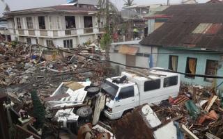 الصورة: 25 قتيلا في الإعصار مانجخوت الجارف الذي يضرب الفلبين