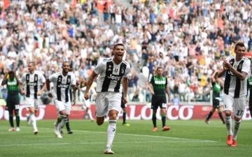 الصورة: رونالدو يفتتح أهدافه  مع يوفنتوس بثنائية