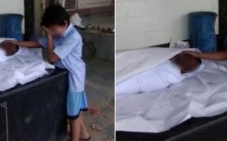 الصورة: الصورة التي أبكت الهند.. مأساة أسرة
