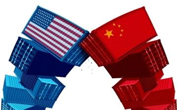 الصورة: ترامب يؤجج حرب الرسوم بحزمة ثانية على سلع صينية