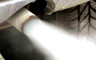 الصورة: أوروبا تحقق في انبعاثات السيارات الألمانية