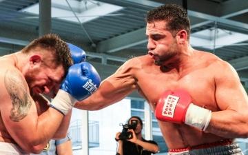 الصورة: منشطات «شار» تؤجل تحدي «ثقيل الملاكمة»