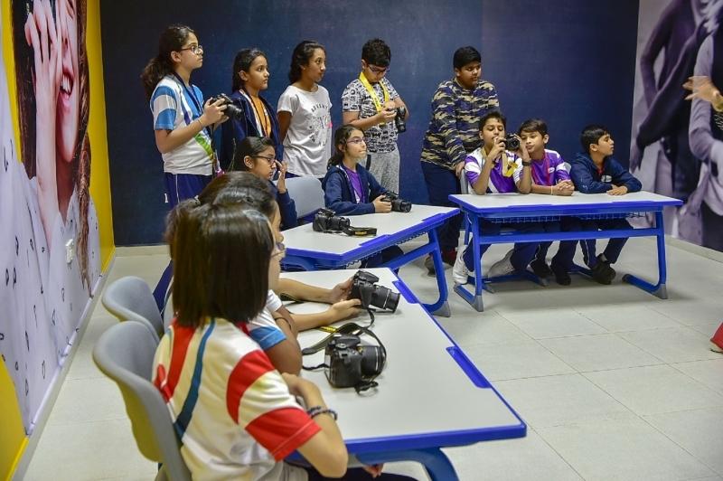 مدرسة في دبي تُدخل التصوير الفوتوغرافي ضمن منهجها
