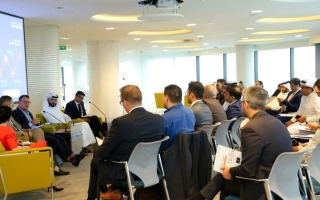 غرفة دبي تبحث التحديات المصرفية للشركات الناشئة