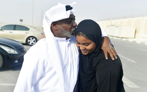 الصورة: بنات الإمارات قادرات على تقديم الغالي والنفيس للدولة