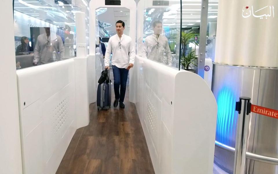 الصورة: صدق أو لا تصدق.. إنهاء إجراءات السفر بلا جواز في دبي!