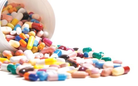 الصورة: «صحة أبوظبي»:  الأدوية المثيلة تكافئ جودة  منتجات العلامة التجارية