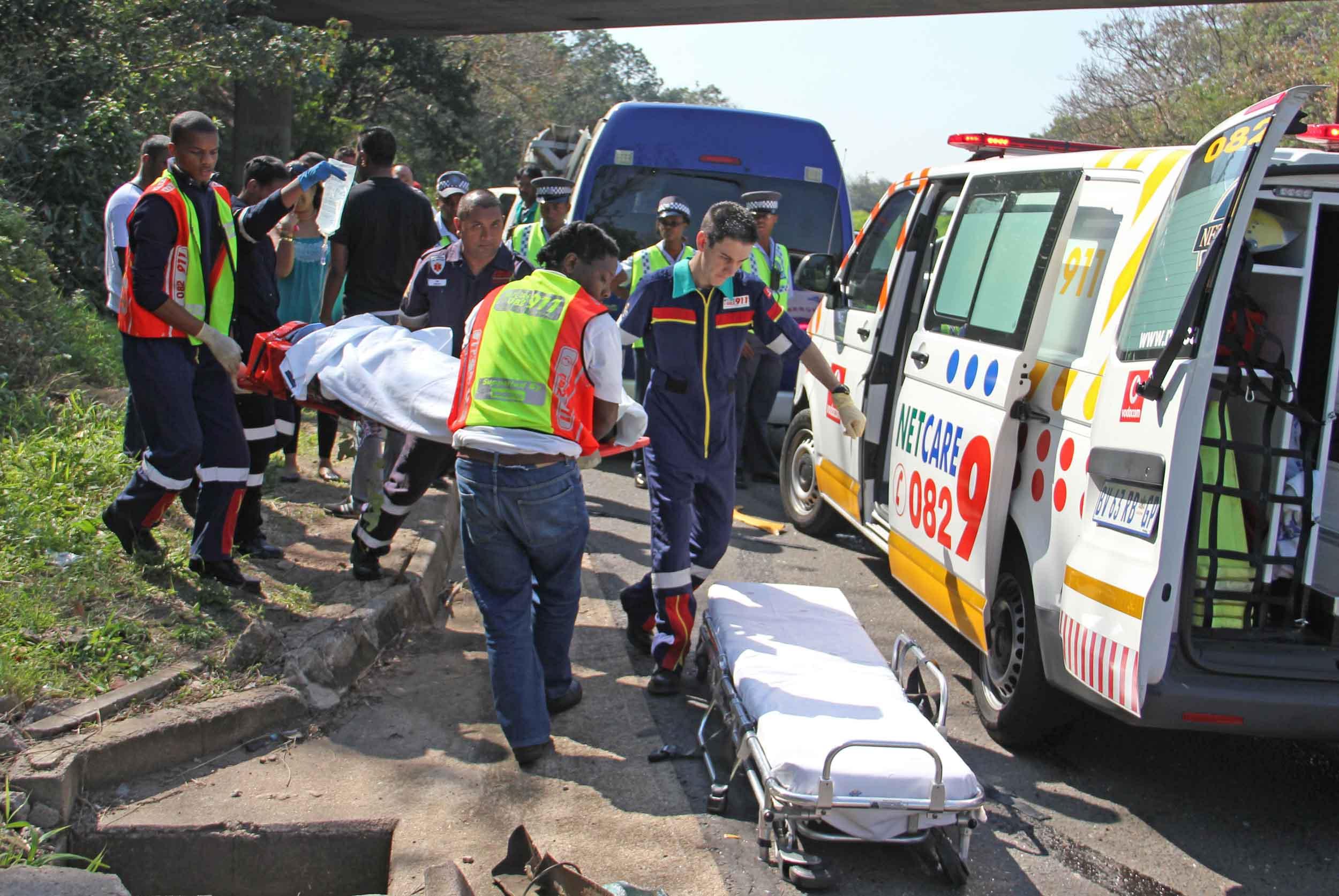 27 قتيلاً في حادث مروري بجنوب أفريقيا