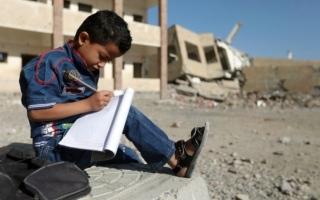 الصورة: الحوثيون يحوّلون المدارس إلى ثكنات عسكرية