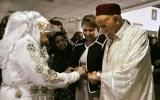 الصورة: الصورة: قصة حب على أعتاب الثمانين تتوّج بالزواج