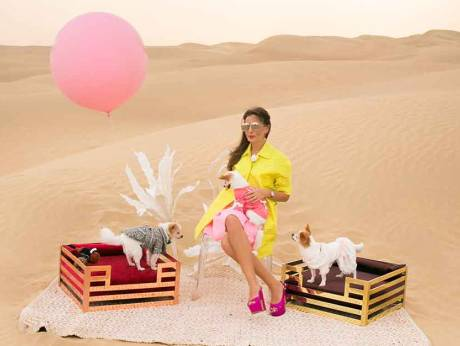 أكسانا ديماكينا المقيمة في دبي من عشاق الحيوانات الأليفة