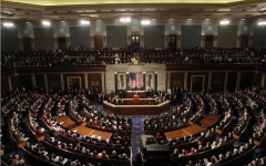 """الصورة: أميركا: الديمقراطيون يفوزون بأغلبية """"النواب"""" والجمهوريون يحتفظون بمجلس الشيوخ"""