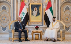 الصورة: محمد بن زايد والرئيس العراقي يبحثان علاقات البلدين والتطورات الإقليمية